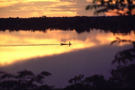 Sunset over Seringalhinho Lake (Jaú National Park, Amazonas, Brazil)